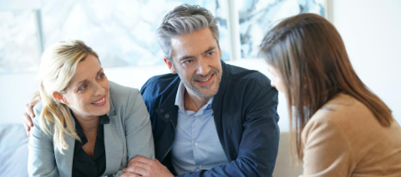 couple in 50s seeking financial advice