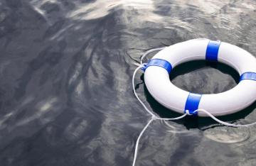 Life-support-floating-on-water